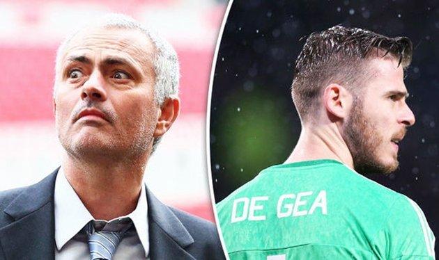 """M.U của Mourinho là """"rùa rụt cổ"""", chỉ có De Gea đáng tầm đẳng cấp Thế giới"""
