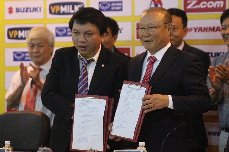 HLV Park Hang-Seo CHÍNH THỨC dẫn dắt các ĐT Việt Nam