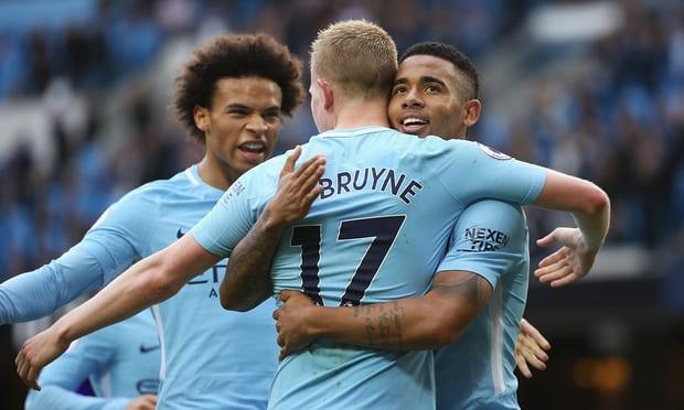 Hủy diệt Stoke với 7 bàn thắng, Man City của Pep cân bằng kỷ lục tồn tại suốt 123 năm lịch sử bóng đá Anh