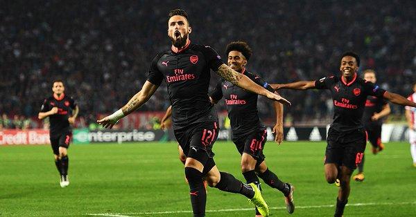 """Thi đấu hơn người, Arsenal vẫn nhọc nhằn vượt ải 'tí hon' Crvena Zvezda nhờ siêu phẩm của """"thần tài"""" Giroud"""