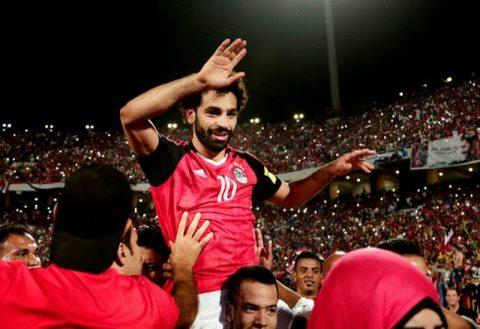 CHÙM ẢNH: Sao Liverpool rực sáng phút 90+5, cả đất nước Ai Cập vỡ òa với tấm vé dự World Cup sau 28 năm chờ đợi