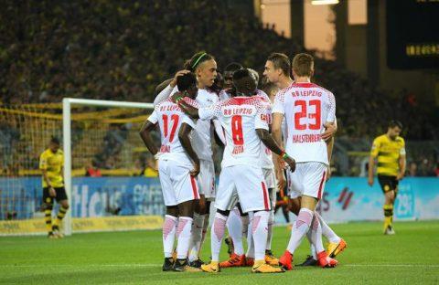 Aubameyang lập cú đúp, Dortmund vẫn thua sốc RB Leipzig ngay trên sân nhà Signal Iduna Park
