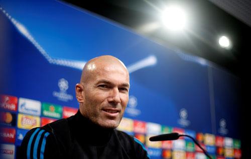 Zidane vượt mặt Pep Guardiola, Ancelotti và Mourinho khi chạm mốc 100 trận cùng Real