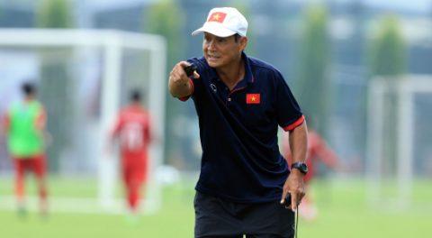 HLV Mai Đức Chung tiết lộ lối chơi của tuyển Việt Nam trong cuộc tái đấu Campuchia