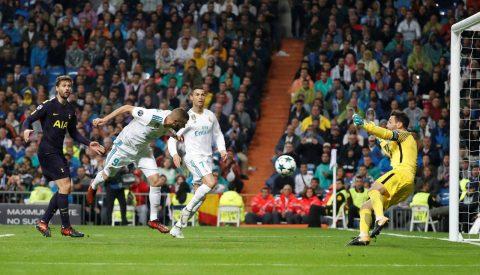 """Lloris hóa """"Người nhện"""" khiến Ronaldo phát cáu, triệu fan Real """"không thèm"""" De Gea"""