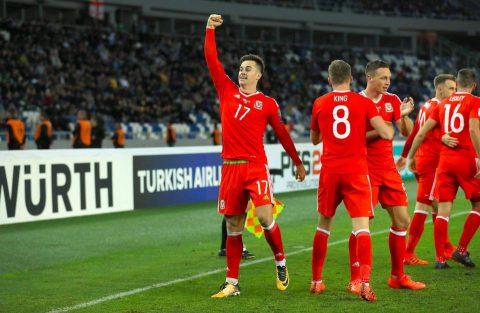 """Không Gareth Bale, Xứ Wales vẫn giành """"nửa tấm vé"""" tới Nga mùa hè sang năm"""