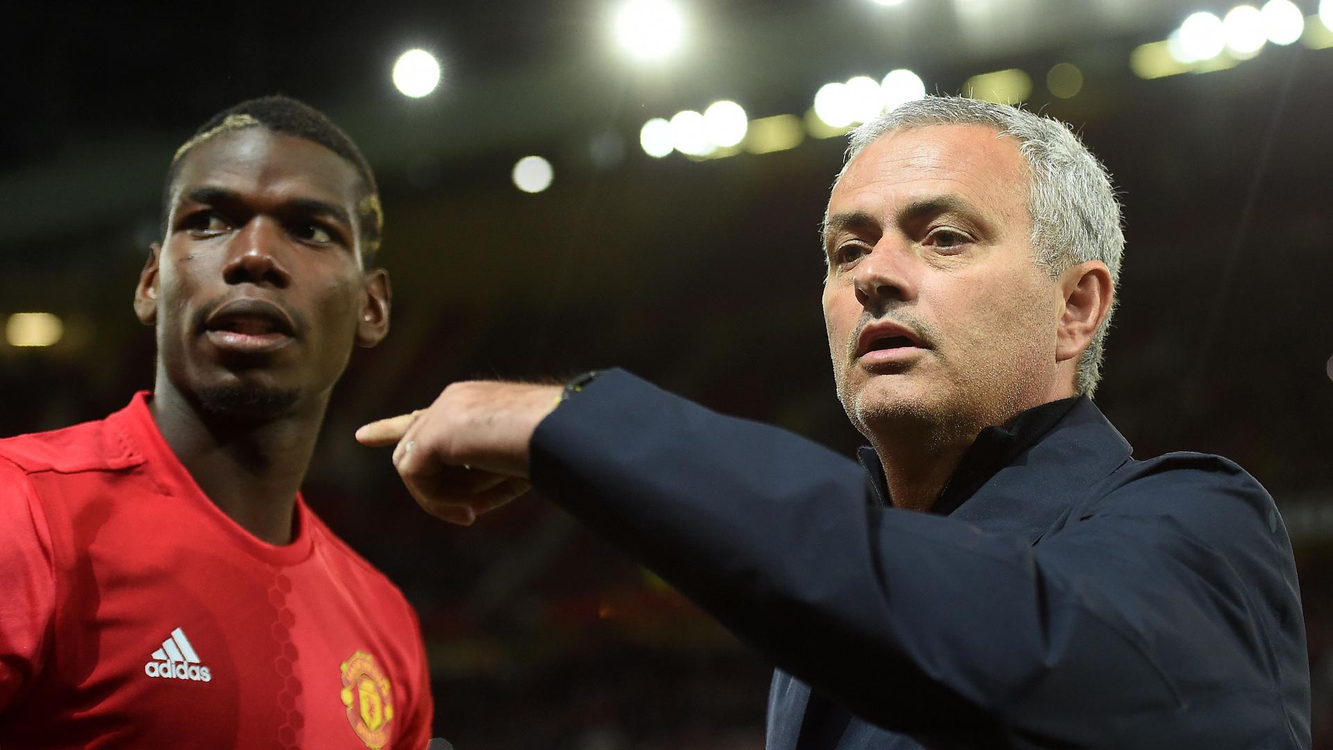 Mourinho thừa nhận Pogba cảm thấy không vui khi sát cánh cùng người đồng đội này