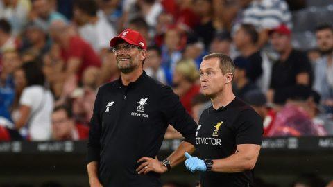 """Liverpool gây sốc với quyết định """"trảm tướng"""" ngay trước trận derby nước Anh với Man Utd"""