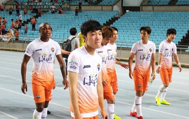 Rời Gangwon FC, Xuân Trường sang châu Âu thi đấu khiến tất cả ngỡ ngàng?