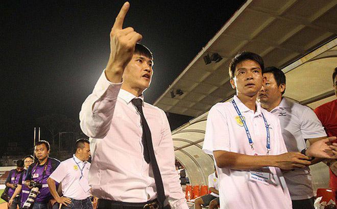 """Hết trả lương cao ngất trời cho HLV Miura, Công Vinh lại """"bơm tiền"""" tấn khiến V-League hoang mang trước giờ G"""