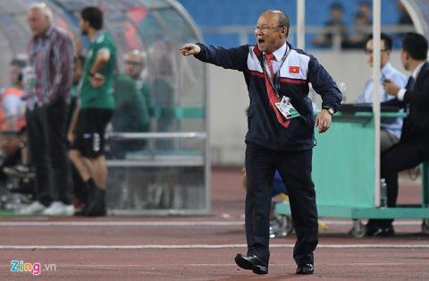 Hòa trên thế thắng, HLV Afghanistan phát biểu sốc; HLV Park Hang-seo xin thêm thời gian để cải thiện lối chơi