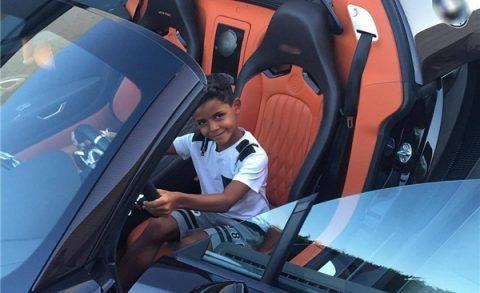 Tiết lộ số tiền mà cậu con trai 7 tuổi của Ronaldo kiếm được mỗi ngày khiến Fan phải há hốc mồm kinh ngạc