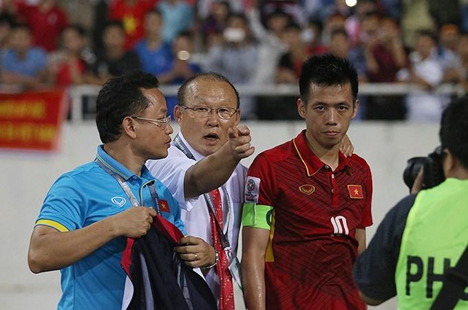 """Báo châu Á nhận định """"ĐT Việt Nam của HLV Park đá vô tổ chức, lọt vào VCK Asian Cup đầy may mắn"""""""