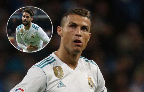 """Ronaldo nổi giận với Isco vì hành động """"vô ơn"""" sau khi được kiến tạo ghi bàn"""