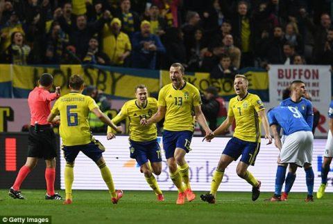 Đã hay lại còn may, Thụy Điển đẩy Italia tới thảm cảnh ngồi nhà xem World Cup