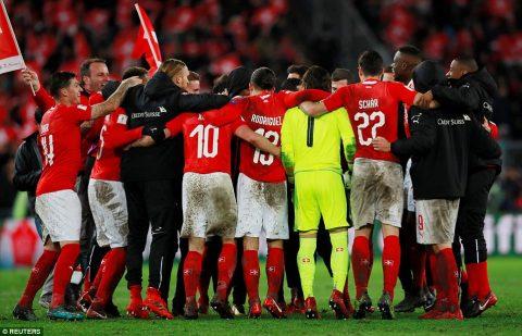 Xác định 2 đội đầu tiên ở châu Âu vượt qua vòng play-off, giành vé dự World Cup 2018