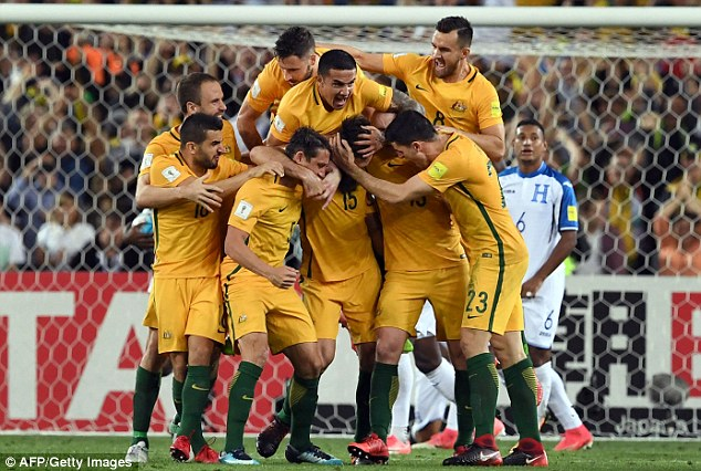 Xác định đội thứ 31 giành vé đến Nga dự World Cup 2018