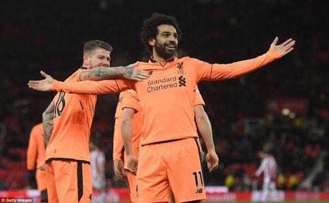 Vào sân từ ghế dự bị, Mo Salah vẫn lập cú đúp ấn tượng giúp Liverpool giành thắng lợi đậm đà trước Stoke