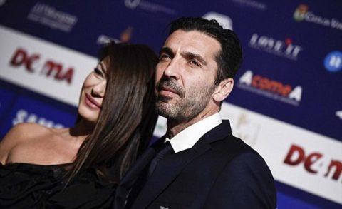 """CHÙM ẢNH: Buffon bảnh bao như minh tinh màn bạc trong ngày nhận giải """"Cầu thủ xuất sắc nhất năm"""""""
