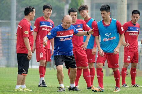 Đội hình Việt Nam quyết đấu Afghanistan: Bất ngờ cái tên đá cặp Xuân Trường
