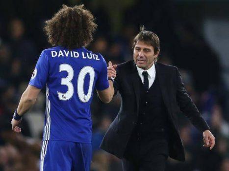 """David Luiz bị Conte """"trảm"""" và nguyên nhân đằng sau khiến tất cả phải Sốc nặng"""