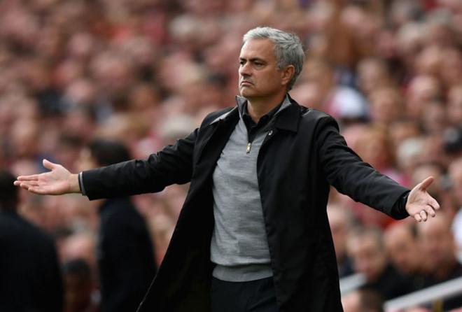 Thiếu vắng Pogba, đối sách nào cho Mourinho bây giờ?
