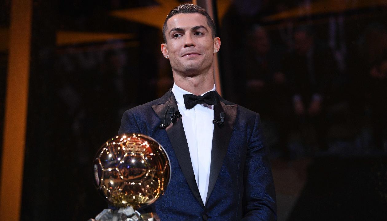 'Chừng nào Messi còn sống, Ronaldo không thể xuất sắc nhất thế giới'