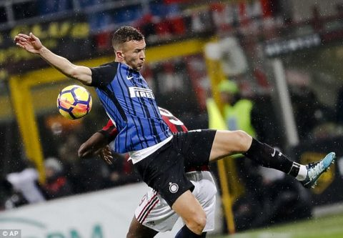 """Kết quả AC Milan vs Inter Milan: """"Nhát kiếm"""" định mệnh ở hiệp phụ"""