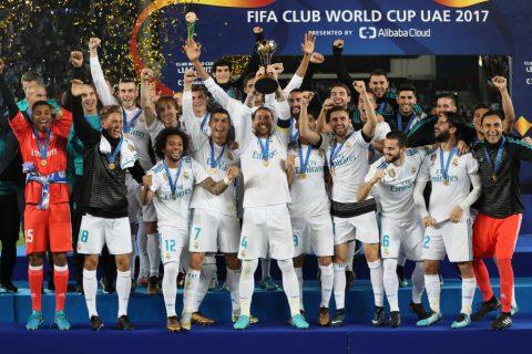 Ronaldo vẽ tuyệt phẩm đá phạt, Real vô địch FIFA Club World Cup, hoàn tất cú ăn 5 trong năm 2017