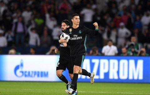 Ronaldo 1 tuần 4 siêu kỷ lục: Cả thế giới ngả mũ, chờ vượt nốt Pele