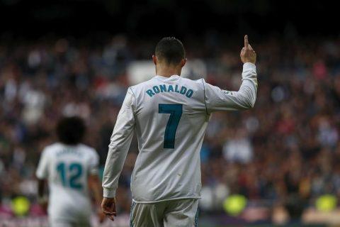 Top 10 tiền đạo tốt nhất 5 giải hàng đầu châu Âu mùa này: Ronaldo, anh ở đâu?
