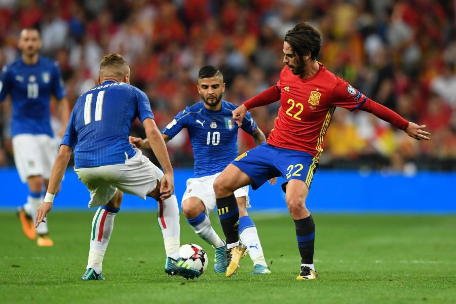 Tây Ban Nha đứng trước nguy cơ bị loại, Italia một lần nữa sống lại hy vọng dự World Cup 2018