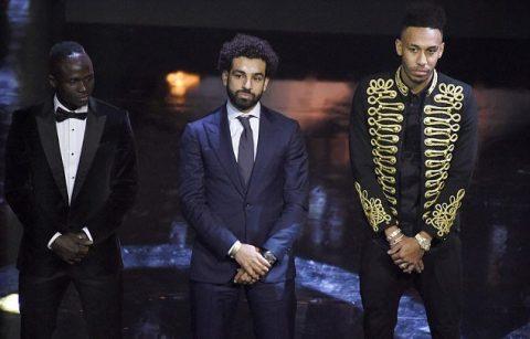 CHÙM ẢNH: Mane, Aubameyang buồn rầu nhìn Salah nhận giải Cầu thủ hay nhất châu Phi 2017