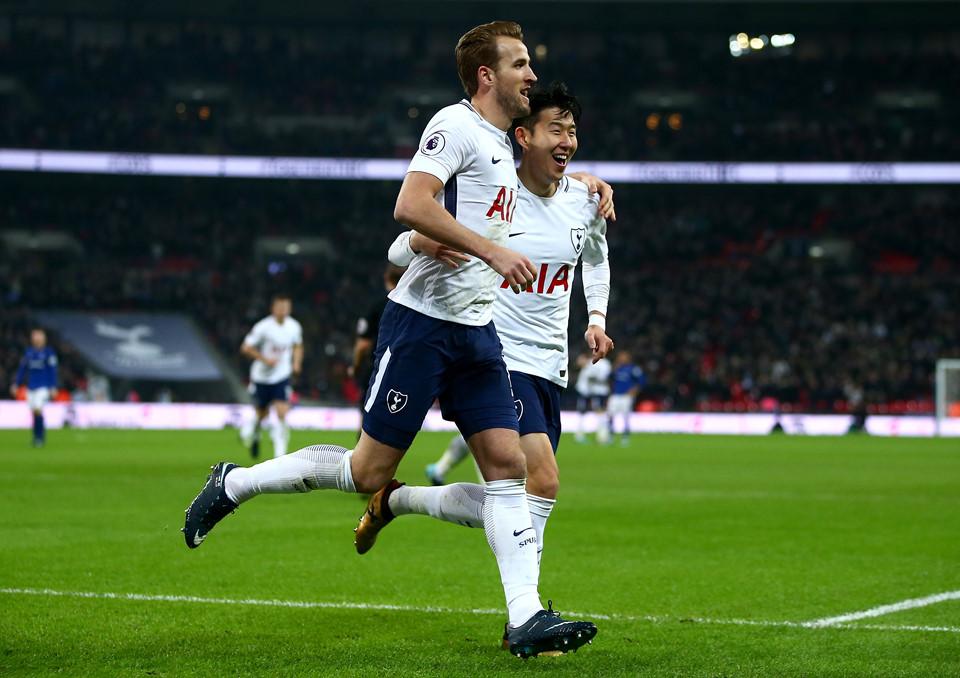 """Harry Kane nổ súng đi vào lịch sử, Tottenham khiến MU, Chelsea """"lạnh sống lưng"""" với màn hủy diệt"""