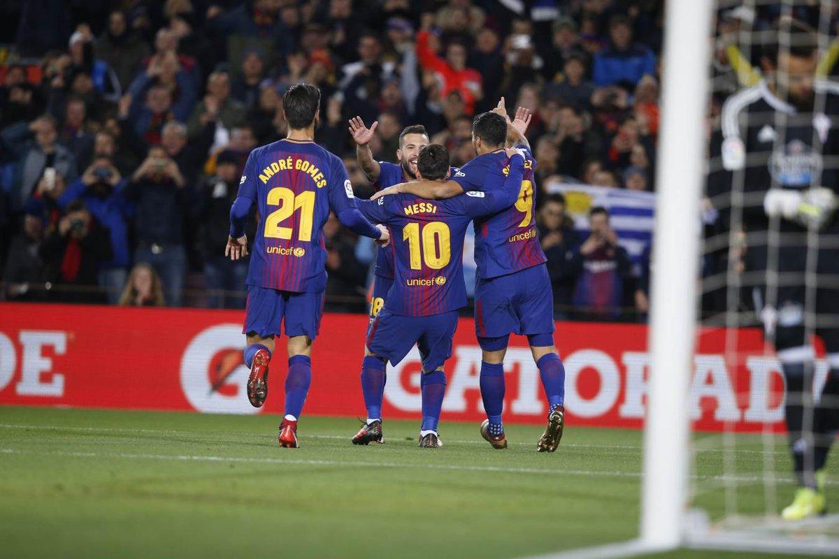 """Messi thăng hoa tột đỉnh, Barca đè bẹp """"khắc tinh"""" với tỷ số không tưởng"""