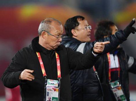 """HLV Park Hang Seo bất ngờ chỉ ra thiếu sót """"duy nhất"""" của bóng đá Việt Nam"""