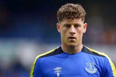 Chi 15 triệu bảng, Chelsea chính thức chạm một tay vào sao Everton