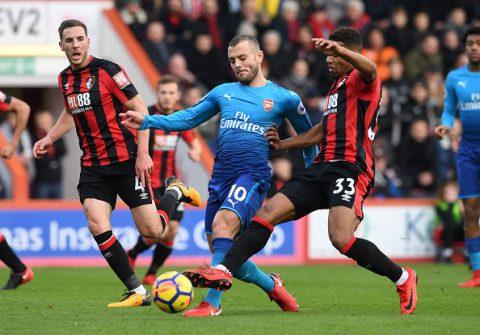 Thua ngược khó tin ngày Sanchez chuẩn bị đến M.U, Arsenal ngày càng xa rời giấc mơ top 4