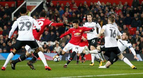 ĐIỂM NHẤN sau trận M.U 2-0 Derby County: Lingard đang có mùa giải hay nhất; Mkhitaryan vẫn 'lạc trôi'
