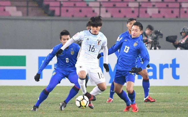 Đội nhà bị loại sớm khỏi sân chơi châu Á, fan Thái gửi lời chúc tới Việt Nam