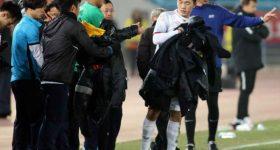 Đang sút penalty nghẹt thở, Xuân Trường có hành động cực lạ khiến tất cả nể phục