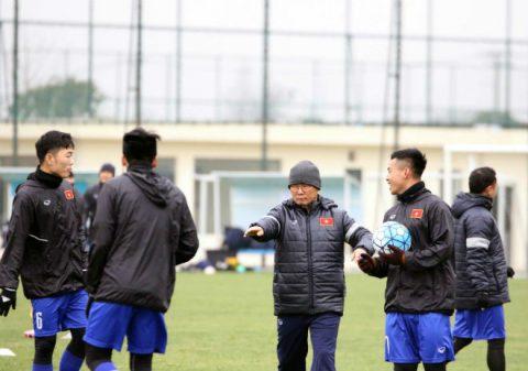 Bất ngờ với những nhận xét của báo Trung Quốc về U23 Việt Nam trước giờ bóng lăn