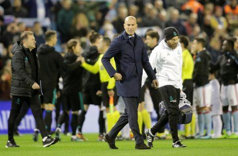 Real bết bát: Zidane nguy cơ bay ghế trong 10 ngày, thay bằng nhà vô địch World Cup