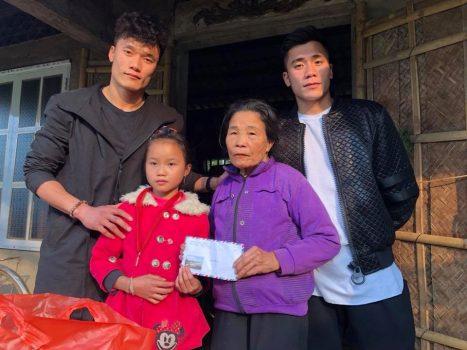 Những hoạt động ý nghĩa của cầu thủ Việt trong dịp tết Âm lịch 2018