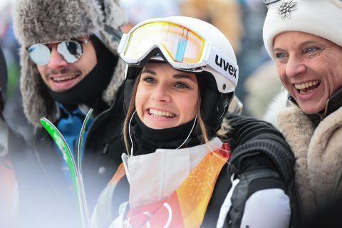 CHÙM ẢNH: Những khoảnh khắc ấn tượng ngày khai màn Olympic mùa đông 2018