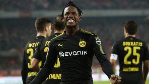 Hàng thải Chelsea chói sáng thần thánh ngày ra mắt, Dortmund thắng nghẹt thở đội bét bảng