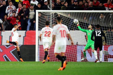 CHÙM ẢNH: De Gea sánh ngang tiền bối Van Der Sar sau màn giải cứu ngoạn mục M.U