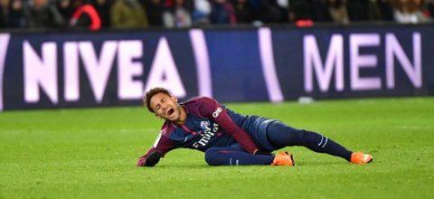 Neymar chấn thương khóc như Rô béo: PSG bất lực, Real buồn hơn vui