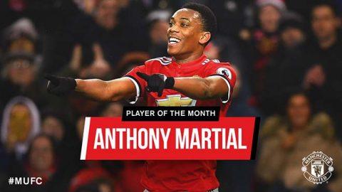 """""""Thánh gánh team"""" MU: Martial xuất sắc nhất vẫn bị vứt xó vì Sanchez"""