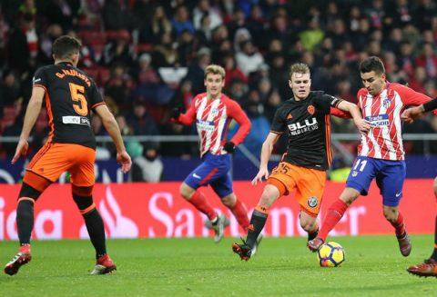 """Cú """"nã đại bác"""" hoàn hảo giúp Atletico hạ gục Valencia"""